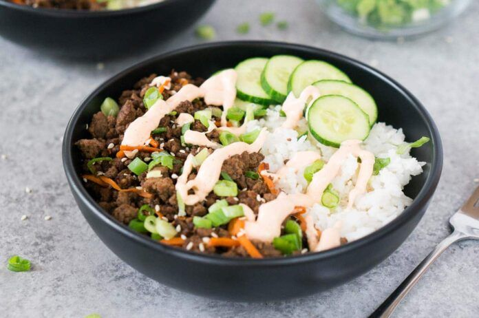 korean beef bowl with beef and rice